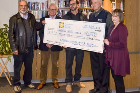 Conquer Cancer Classic 2016 cheque presentation to Cancer Lodge.